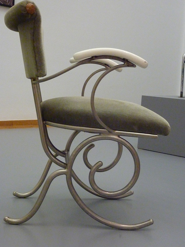 1937 Yacht Chair by Sybold van Ravesteyn Side View