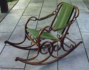 Thonet Rocking Chair 3
