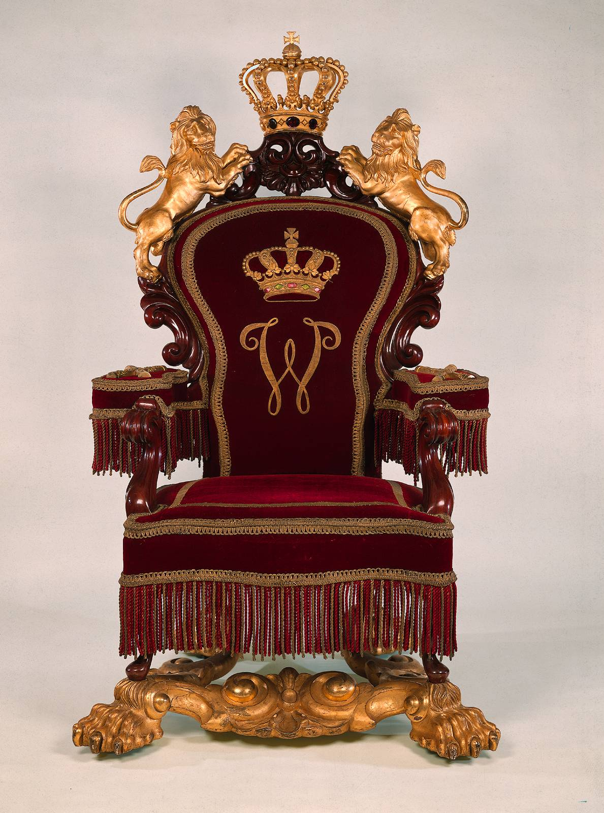 A Royal Throne By The Horrix Brothers Meubelenfabriek