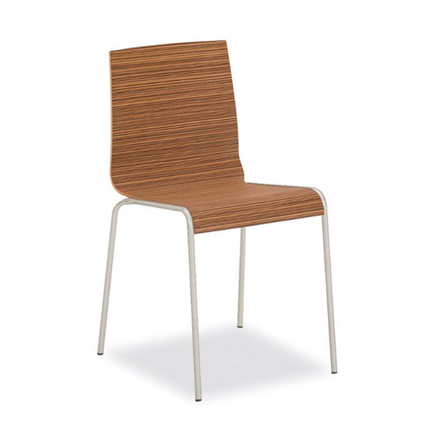 Online Chair by Emilio Nanni