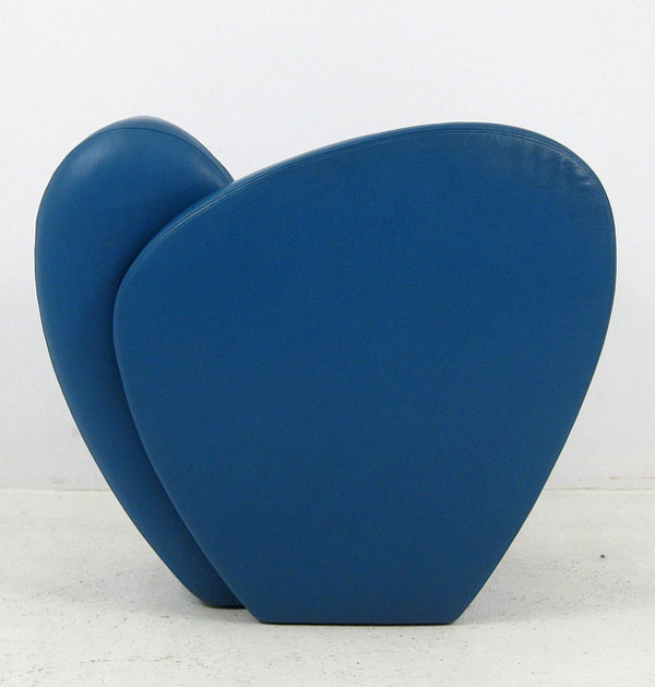 Blue Size Ten lounge chair by Ron Arad Side