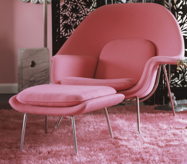 Pink-Womb-Chair by Eero Saarinen