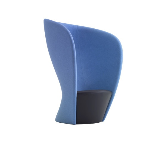 SHELTER Chair by Flemming Busk side