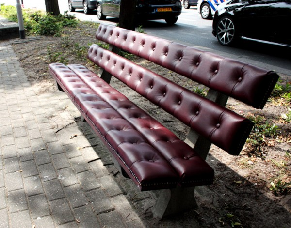 chesterfield_bench_by_Joost_Goudriaan